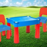 red-blue-table-tots